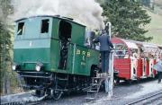 Bilder über Eisenbahn im Berner Oberland, Straßenbahnen wie die Stubaitalbahn